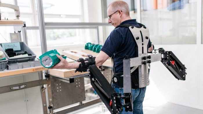 Robo-Mate is the first industrial exoskeleton